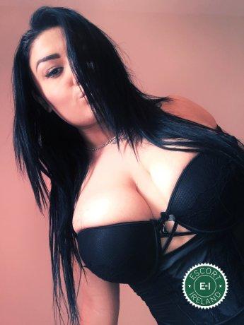 Curvy Nina is a sexy Irish Escort in Dublin 18
