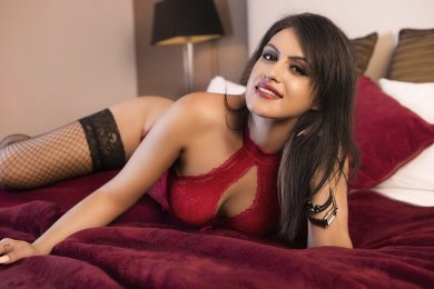Meet the beautiful Ariana in Dublin 1  with just one phone call