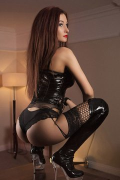 Dominatrix Inna (Dublin Escort)