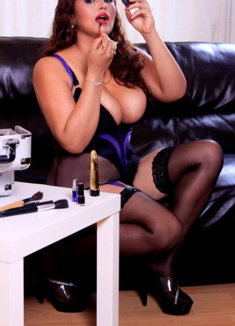 back page personals escorts female