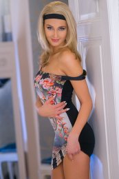 Book a meeting with Charlotte in Belfast City Centre today